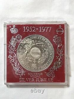 1952-1977 H. M Queen Elizabeth II Silver Jubilee Coin- Commemorative Crown Coin