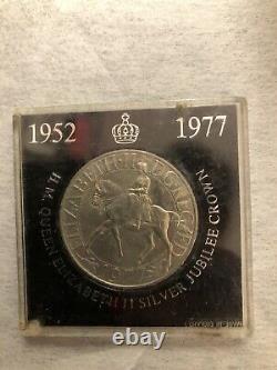 1952-1977 H. M. Queen Elizabeth II Silver Jubilee Nat West Crown