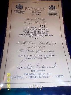 1972 L. E. Paragon Queen Elizabeth II Silver Wedding Loving Cup & Certificate, Box