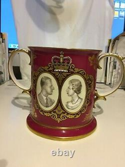 1972 Spode Loving Cup for Queen Elizabeth & Prince Philip's Silver Wedding