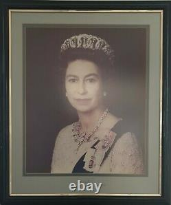 1977 Queen Elizabeth II Prince Philip Signed Royal Silver Jubilee Portrait Photo