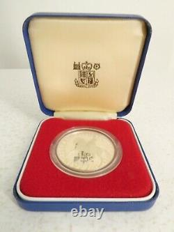 1977 Queen Elizabeth II Silver Jubilee Silver Proof Crown Coin with Box I18