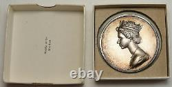1977 USA New York WASHINGTON DC Queen Elizabeth II Silver JUBILEE Medal i93107