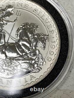 1999 Great Britain 1 oz Silver Britannia BU 2 Pounds Queen Elizabeth / Chariot