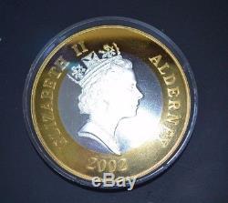 2002 Queen Elizabeth II Proof Medal 1000 Grams. 999 Silver Fine Gold Very Rare