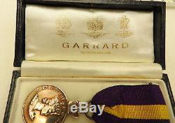 A Silver Royal Warrant Holders Association Medal Queen Elizabeth II (5177)