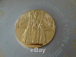 English Silver & 22ct Gold Commemorative Plate Queen Elizabeth Coronation Ann