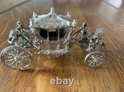 Hallmarked silver Coronation coach. Queen Elizabeth. Beautiful. 65 Grms