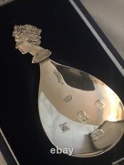 Mappin & Webb Silver Jubilee Caddy Spoon Queen Elizabeth II Sterling 1977 Cased
