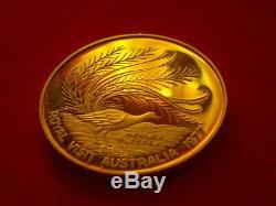 Medal Queen Elizabeth II Silver Jubilee visit to Australia MENURA SUPERBA coin