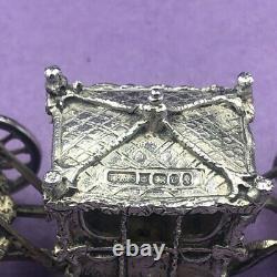 Miniature royal carriage in sterling silver Queen Elizabeth II 1977