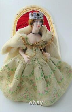 Peggy Nisbet handmade English doll. Queen Elizabeth II Silver Anniversary