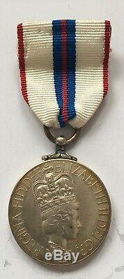 Queen Elizabeth II Silver Jubilee Medal, 1977 (Canadian Issue)