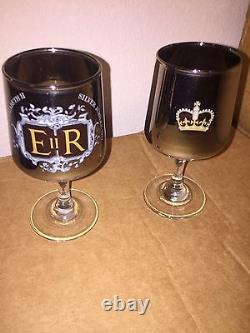 Queen Elizabeth II set of 2 goblets SILVER JUBILEE 1977