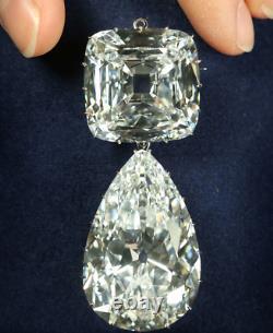 Queen Elizabeths Brooch Pin In Argentium Silver With 152.06CT Cubic Zirconia
