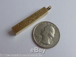 Vintage 9K Yellow Gold Queen Elizabeth II Silver Jubilee 1952 1977 Pendant