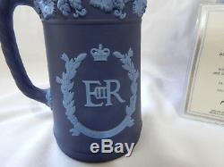 Wedgwood Blue Jasper Queen Elizabeth II Silver Jubilee 1977 Ltd Edn Boxed